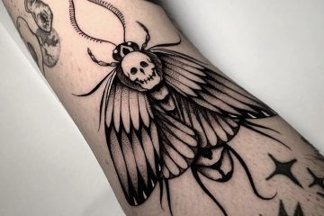 Alex Cream Meatshop Tattoo Barcellona Moth